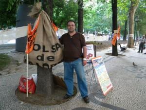 """Rui Silva junto à """"bolsa de valores"""""""